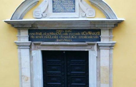Chrám Svätej Trojice - hlavný vchod
